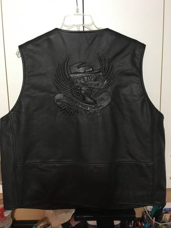 Photo New Harley Davidson Leather Vest With Eagle Embossed Size 2XL - $200 (Belvidere)