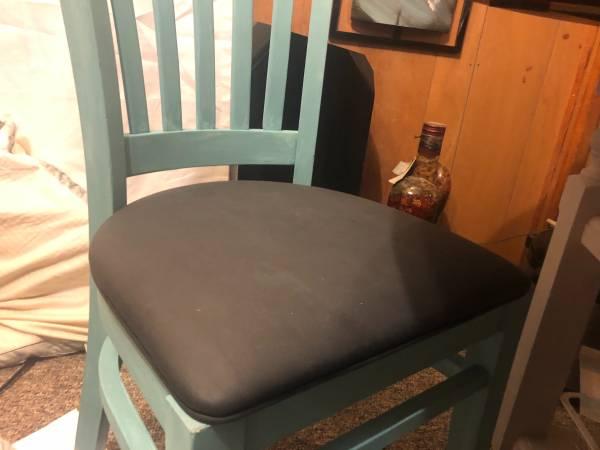 Photo Oak dining chairs - $20 (Pecatonica)