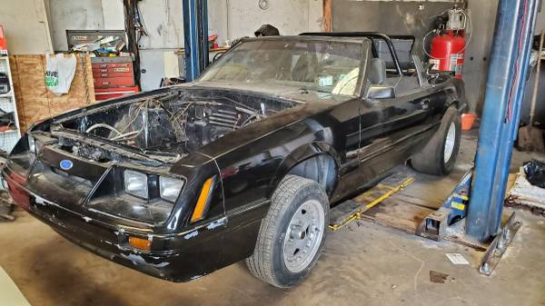 Photo Project roller drag car mustang - $1 (belvidere)