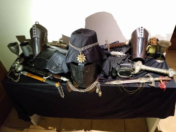 Photo Renaissance Faire Black Knight gear (Chicago)