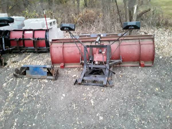 Photo Western snow plow complete set up wiring controller everything - $1,600 (Roscoe)