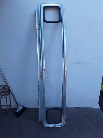 Photo 1971-72 Chevy Truck Outer Aluminum Grill- OEM - $160 (Antonito, CO)
