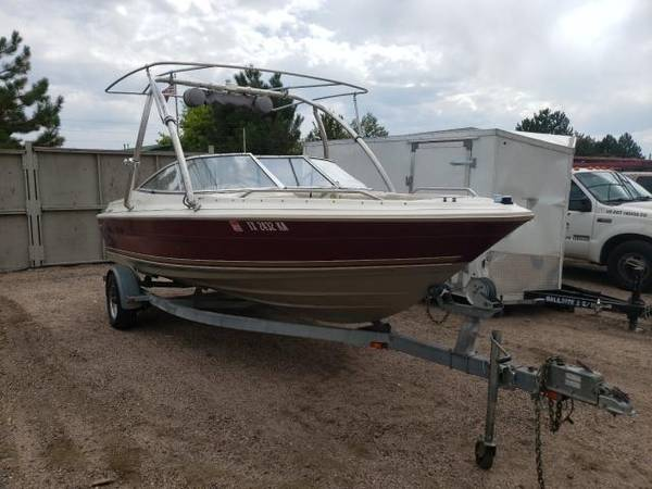 Photo 1997 Maxum 1900 SR Bowrider Open Bow Ski Boat - $7,000 (Monument)
