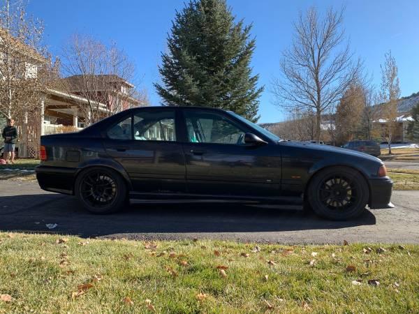 Photo 1998 BMW M3 Manual Sedan - Black - $4000 (Eagle)