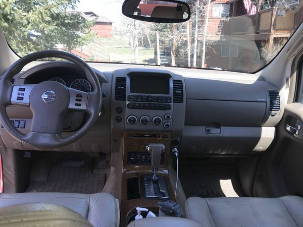 Photo 2005 Nissan Pathfinder Le sports utility 4X4 - $6,550 (Steamboat Springs)