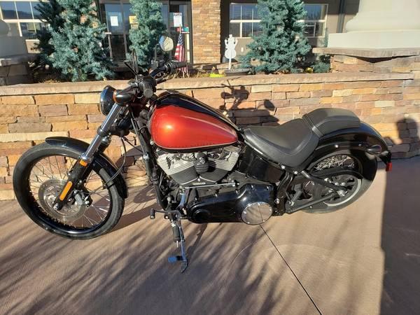 Photo 2011 Harley Davidson FXS BLACKLINE - $10,500 (Kremmling)
