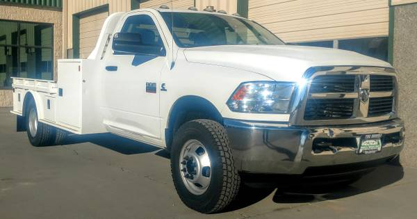 Photo 2012 Dodge Ram 3500 Regular Cab Dually Flatbed Cummins Diesel 4X4 - $33500 (Grand Junction)