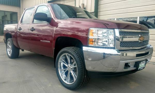 Photo 2013 Chevrolet Silverado 1500 Crew Cab Short Bed 4X4 Automatic - $19,900 (Grand Junction)