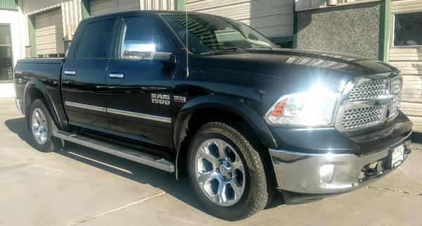 Photo 2014 Dodge Ram 1500 Crew Cab Laramie Short Bed Hemi Loaded - $27900 (Grand Junction)