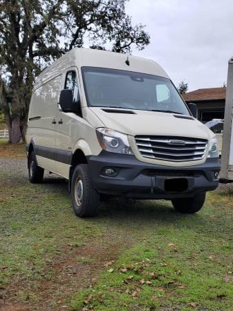 Photo 2016 4x4 Sprinter Van - $82,500