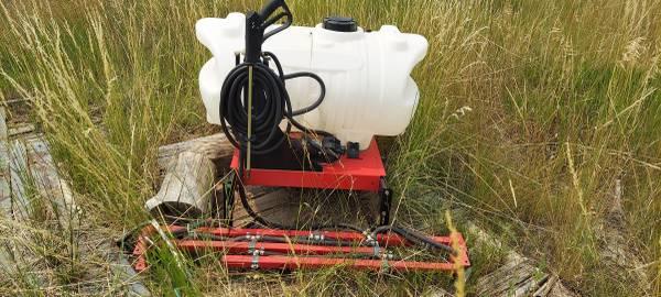 Photo 60 gal, boom sprayer for ATV - $200 (Oak Creek)