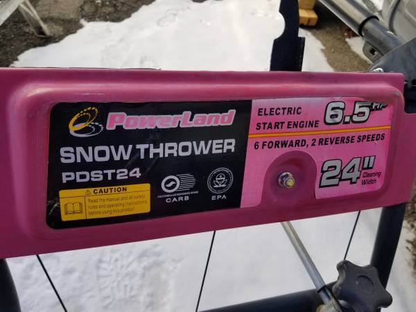 Photo 6.5 HP 24quot Powerland Post24 two stage electric start Snow Blower - $350 (Dillon)