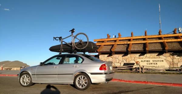 Photo BMW AWD 330xi with Thule Box and Bike Racks - $4,900 (GRANBY)