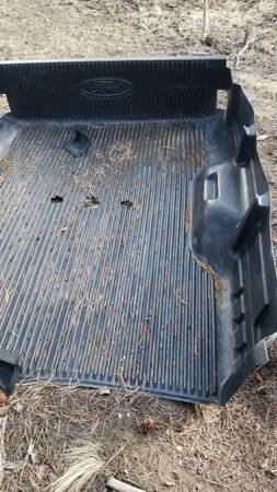 Photo Ford F250 bed liner - $100 (Hartsel)