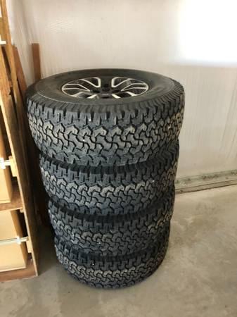 Photo Ford raptor wheels  tires - $1,600 (BRECKENRIDGE)