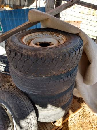 Photo GM Chevy wheels tires tow hitch ATV rims tires Dodge wiring harness - $300 (New Castle)