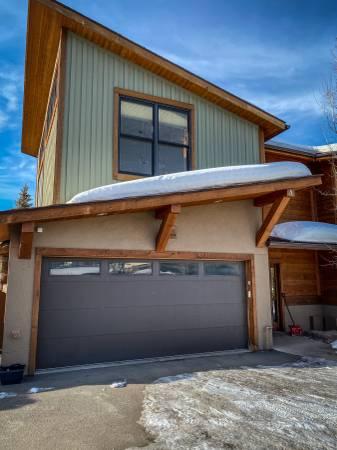 Photo Home For Rent - 4bd4ba, 2 car garage, new, bright (Avon - Wildridge)