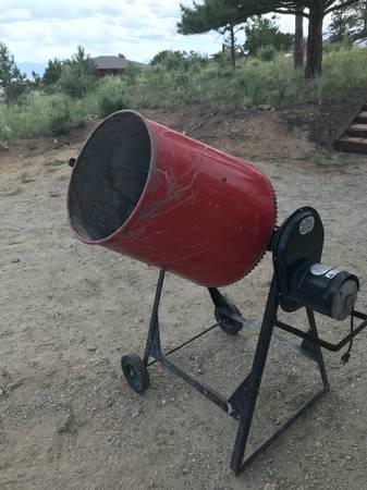 Photo Red Lion Electric Concrete mixer - $127 (Buena Vista, CO)