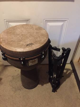 Photo Remo DJ-0016-05 Mondo Djembe Drum - Earth, 16quot with stand  bag - $450 (Steamboat springs)