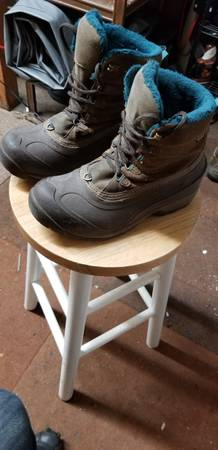 Photo The Northface womens snow boots - $30 (COPPER MOUNTAIN)