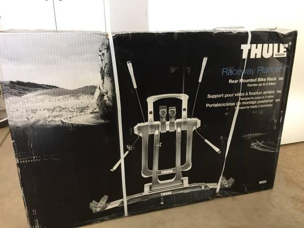 Photo Thule Raceway Platform Bike Rack - New in Box - $225 (Avon)