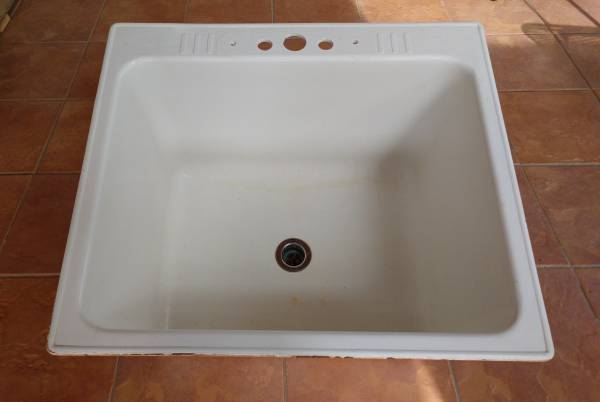 Photo Utility Sink - $35 (Breckenridge)