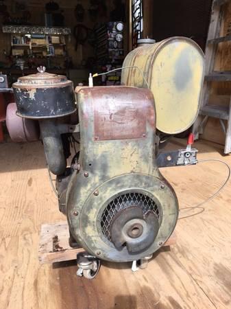 Photo Vintage Wisconsin ADH Engine - $200 (Buena Vista)