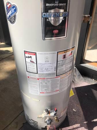 Photo Working Hot water heater 40 gallon (Winter Park)