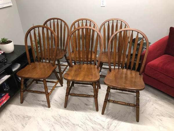 Photo 12 New Solid Wood Oak Dining Chairs Kitchen - $65 (Roseburg)