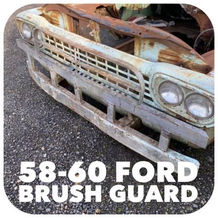Photo 1957 1958 1959 1960 f100 f250 Ford grill guard brush guard - $200 (Wilbur)