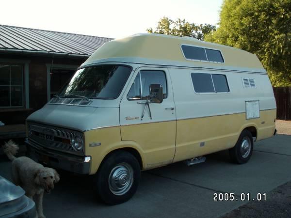 Photo 1973 Dodge Tradesman 300 Cer Van - $12,500 (Baker City)
