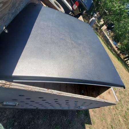 Photo 2009-2014 dodge ram tonneau cover - $400 (Myrtle Creek)
