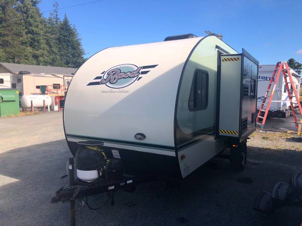 Photo 2015 Forest River R-Pod 178 Hood River Edition - $16,995 (Coos Bay Area)