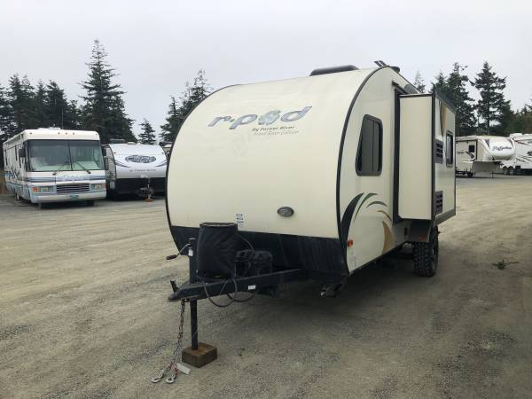 Photo 2015 Forest River R-Pod 178 Hood River Edition - $14,990 (Coos Bay Area)