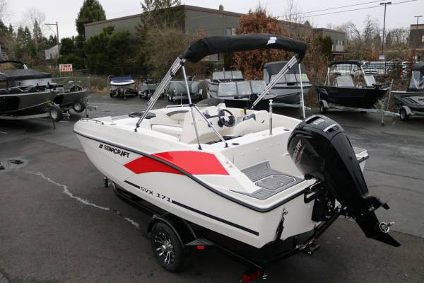 Photo 2021 1739 Starcraft SVX OB Deck Boat - $32,365 (SHOW PRICING - LAST ONE AVAILABLE FOR THE SEASON)