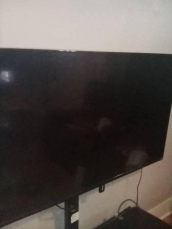Photo 55quot Vizio smart TV and TV stand. $125 OBO - $225 (Roseburg)