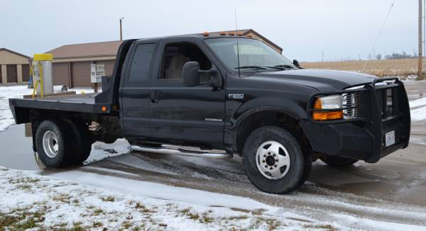 Photo 99 FORD F3502000 FORD F350 Dually (Camas Valley)
