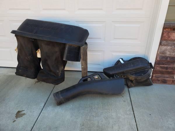 Photo John Deere Bagger system - $550 (Roseburg)