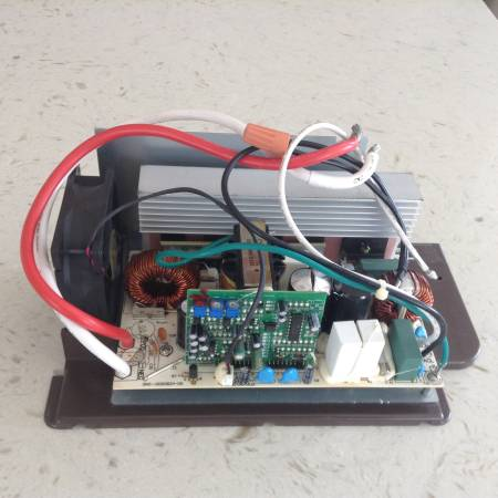 Photo Non-Working WFCO Main Board Assembly Converter WF8945 AS IS Good For P - $5 (Roseburg)