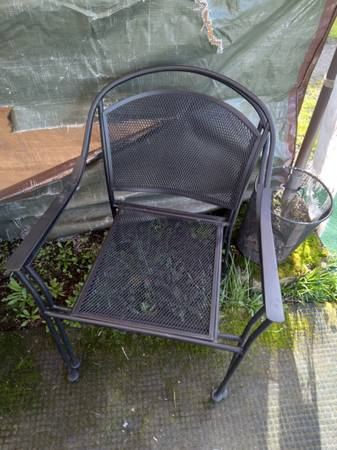 Photo Outdoor Patio Furniture - $40 (Roseburg)