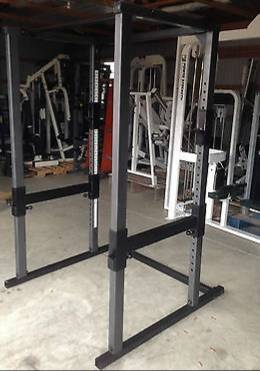 Photo Parabody power rack (bench, squats etc.) - $650 (Roseburg)