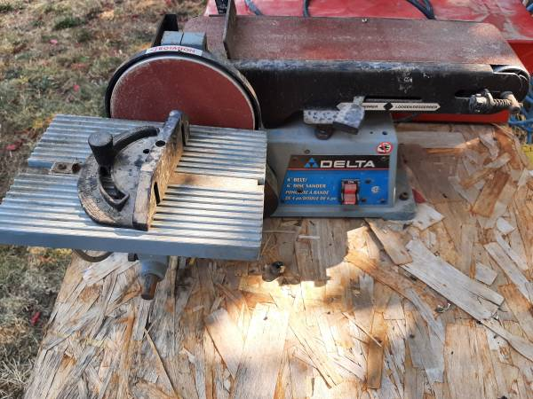 Photo Tablt top Delta 4 inch Belt 6 inch Disk sander - $85 (roseburg)