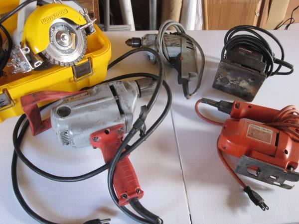 Photo Tools - Milwaukee-Sears Craftsman-Husky-Black  Decker-One Lot - $100 (Myrtle Creek)