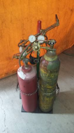 Photo Victor OxyAcetylene Cutting, Welding Apparatus $325.00 (Cave Junction)