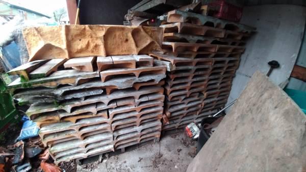Photo concrete rock form molds - $8500 (Roseburg)