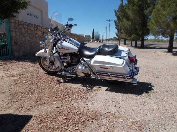 Photo 2007 Harley Davidson Road King - $8,200 (Deming New Mexico)