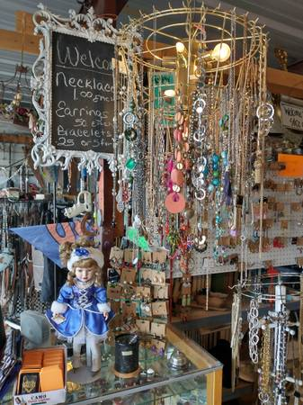 Photo Jewelry,Clothes, dvds (CHEAP) (Lubbock)