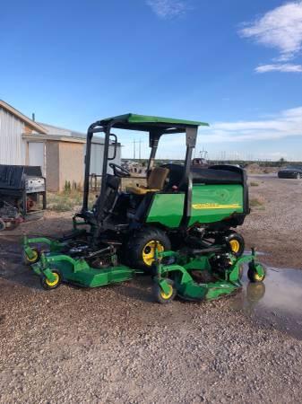 Photo John Deere 1600 mower - $8,000 (Carlsbad)