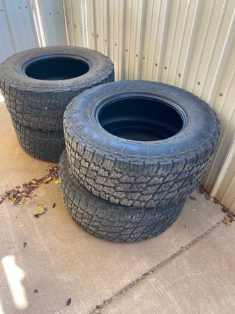 Photo Nitto AT 32560R18 - $360 (Roswell)