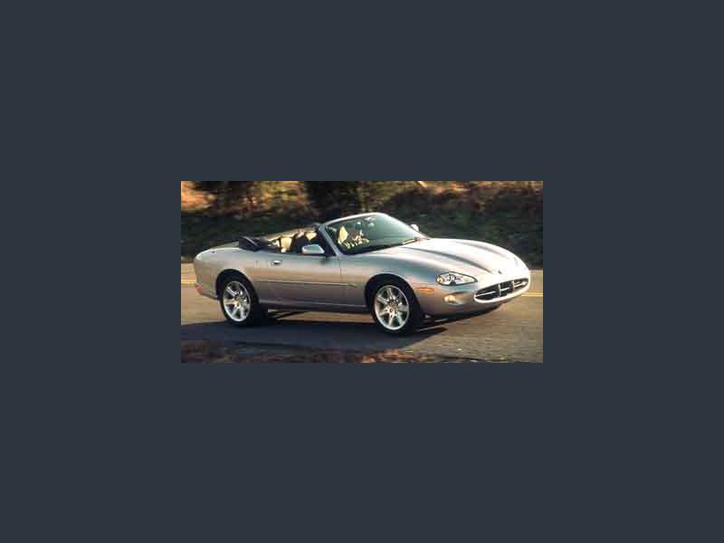 Photo Used 2001 Jaguar XK8 Convertible for sale